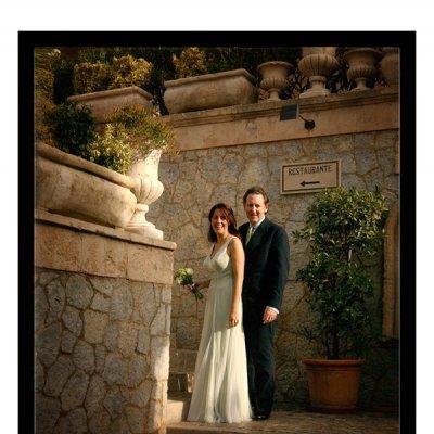 John and Paula getting married