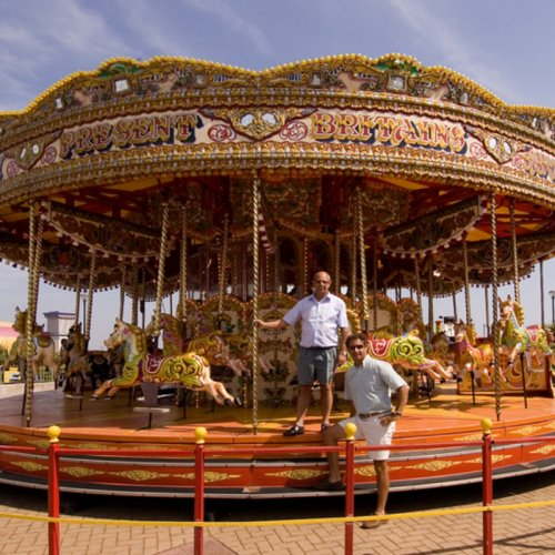 photograph of a fair ground ride at rhyl north wales